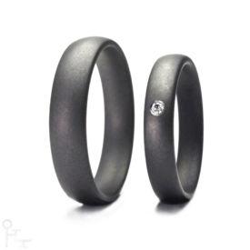 Tantal Ringe Haudarin® Material: Tantal und Diamant, Kollektion Fein - Modell: P-1 NR-1 - Material: Tantal, Diamanten TV/SI-1 ≈ 0,0141 ct